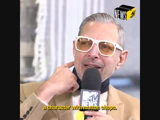 Watch Jeff Goldblum guess which superheroes are Marvel or DC characters. Source @MTVNEWS
