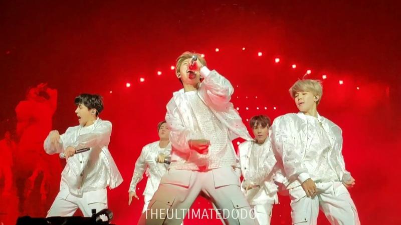181003 Mic Drop Dance Break Remix @ BTS 방탄소년단 Love Yourself Tour in Chicago Fancam 직캠