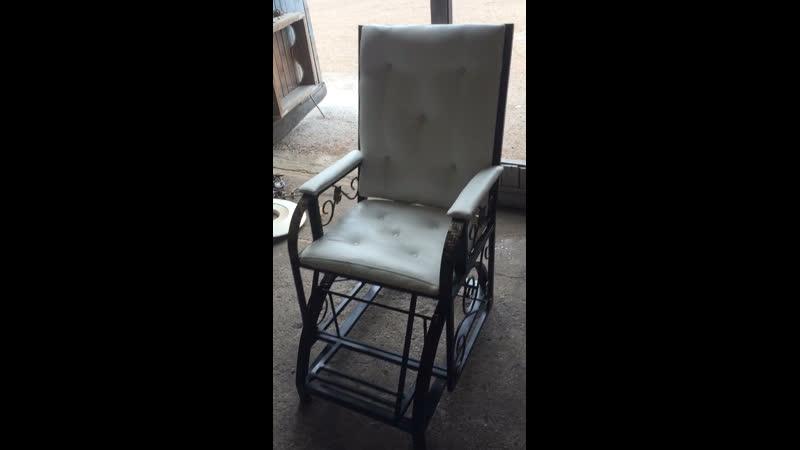 Кресло качалка на маятнике в наличие и под заказ все вопросы в личку и по номеру телефона 89875964822
