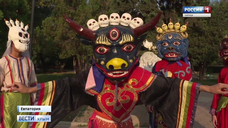 В Евпатории прошел интернациональный фестиваль «Дружба народов»