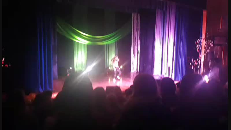 запальний танець від Олі