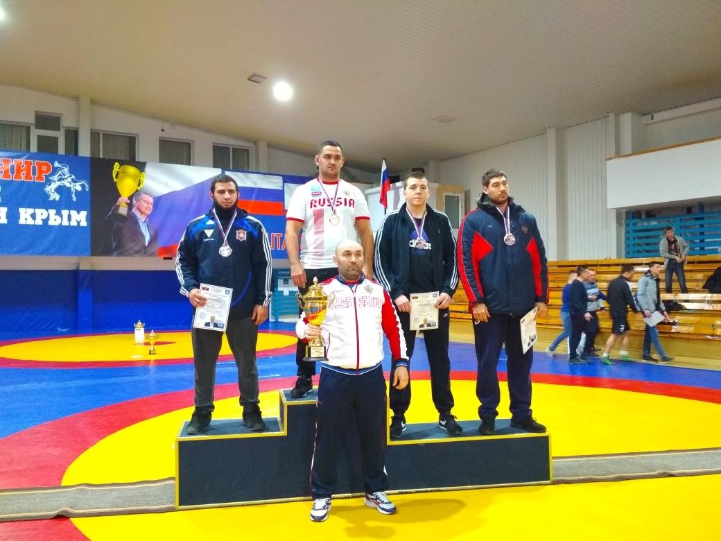 Донецкие спортсмены – призёры Всероссийского турнира по спортивной борьбе в Алуште
