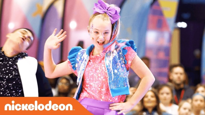 JoJo Siwa's Halftime Show 🏈 Nickelodeon's Superstar Slime Showdown at the Super Bowl