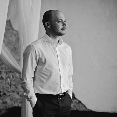 Александр Сандомиров