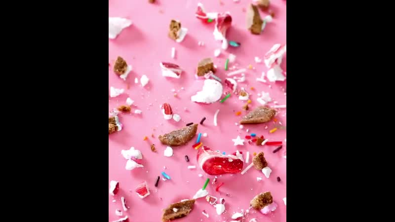 Jyoti Nanra в Instagram This white chocolate bark is a whole party I tinted my chocolate pink
