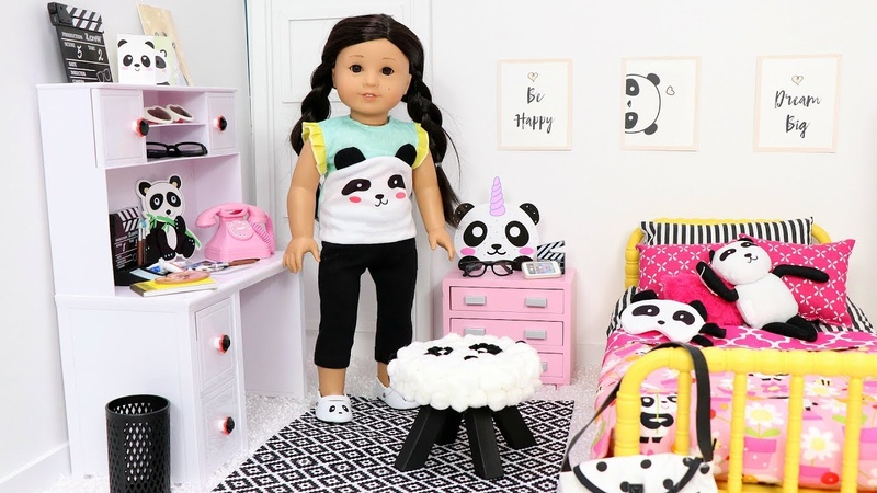Doll Bedroom for Panda Bears and Play Dress Up in Doll Room with Toys!