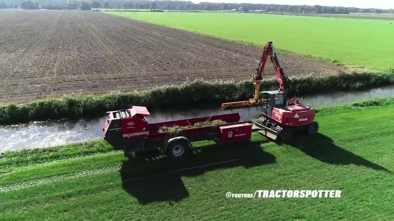 Ditch Cleaning Collecting Vegetation - Atlas mobile crane Vicon Slootvuilpers - Gebr. Tolenaars
