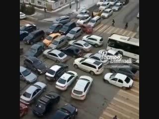 Затор на Горького Ворошиловском  Ростов-на-Дону Главный