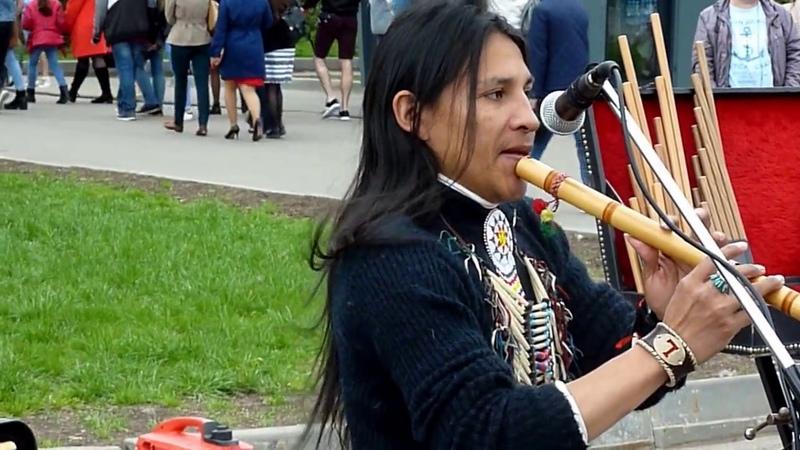 Москва. ВДНХ. 06.05.2017. Ecuador Spirit Wuambrakuna Kury -- Indio Irlandes