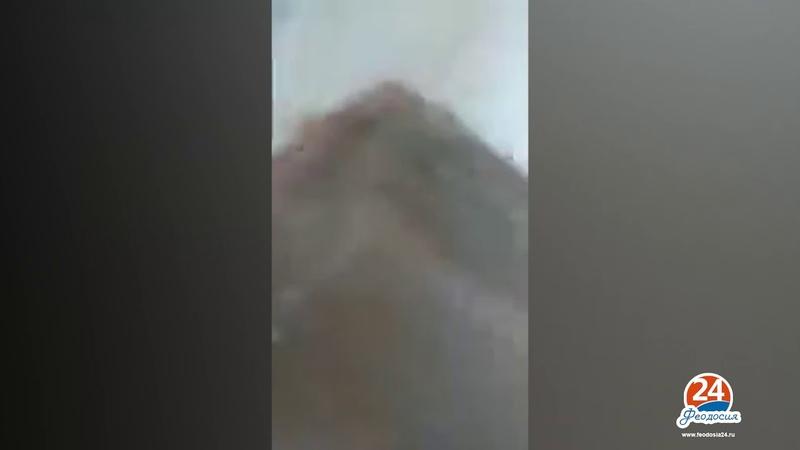 Керчь 17 10 2018 Видео прям из колледжа спасающихся учениц