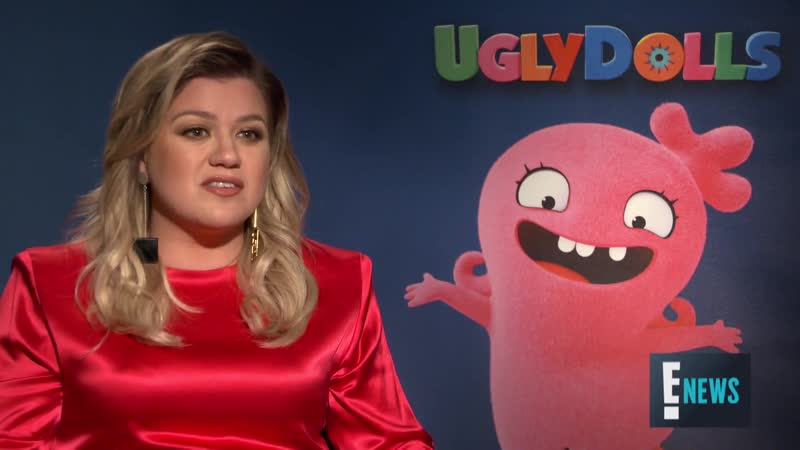 "Kelly Clarkson Did ""UglyDolls"" For Herself, Not For Her Kids ¦ E! Red Carpet Award Shows"