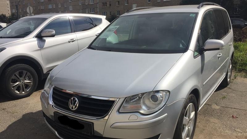Volkswagen Touran, 2009 - конец сцеплениям DSG, мотор дымит, битая в бок