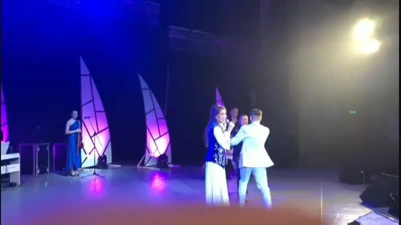Вручение почётной грамоты Ильдару Хакимову