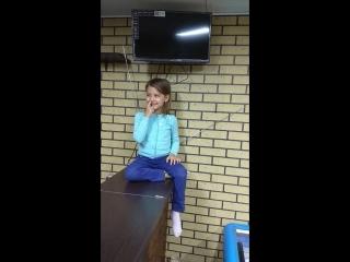 Дочь Виктория благодарит РР за телевизор.