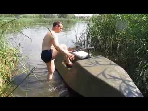 Гидроцикл из пенопласта с мотопомпой. Улет на воде.