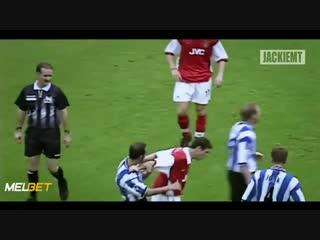 ● Самые смешные красные карточки в истории футбола