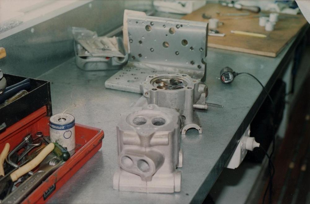 Мэтт Томпсон: 26 фотографий визита к Джону Бриттену в Крайстчерче (1993)
