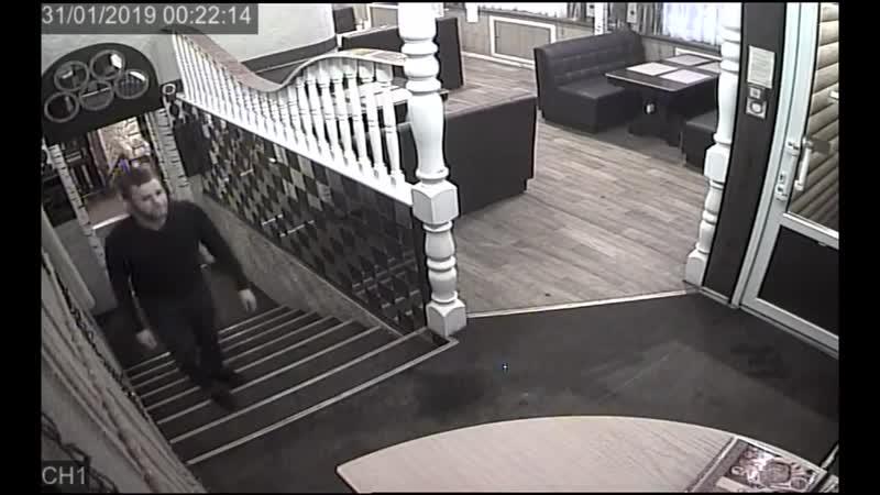 Кража телефона из кафе в Чебоксарах