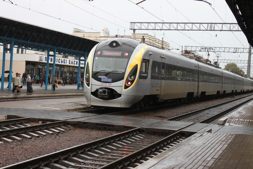 Из Запорожья в Киев появятся дополнительные поезда