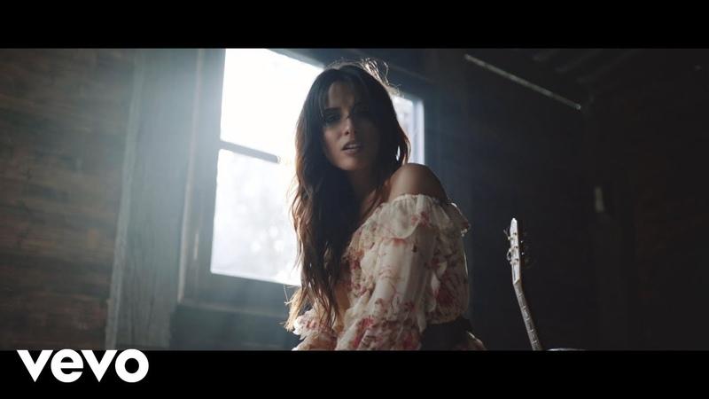 Κατερίνα Λιόλιου – Μεγάλα Λόγια Official Music Video