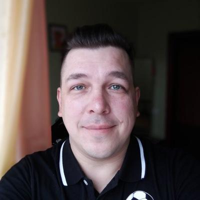 Максим Телехов