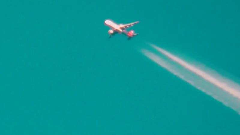 Нас травят как крыс, распыляя с самолетов химикаты. Химтрейлы часть 2 Pravda Glazarezhet PravdaGlazarezhet