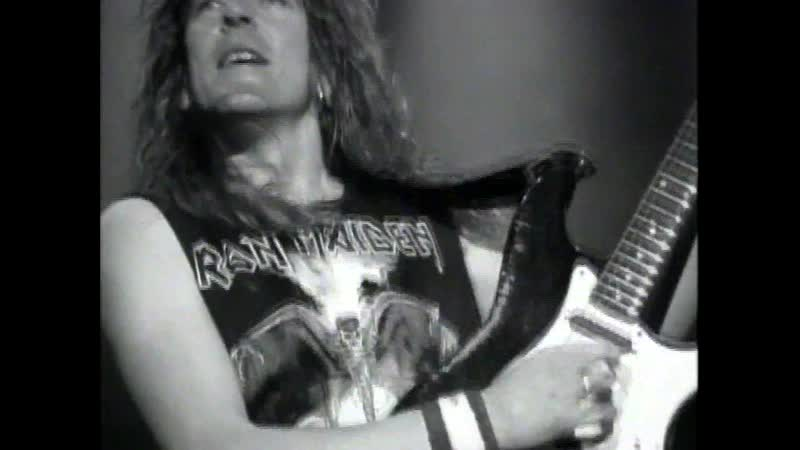 Iron Maiden - Hallowed Be Thy Name (Monsters Of Rock festival, Live at Donington, 1992) Full HD 1080p.