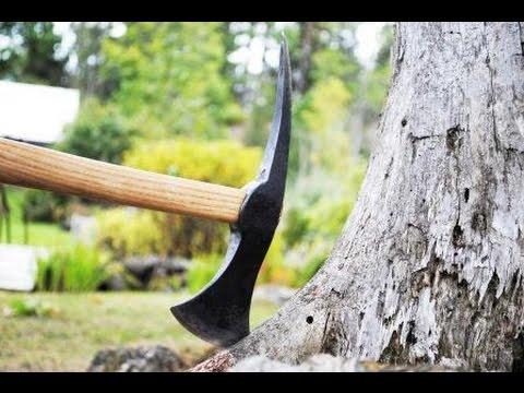 Geschmiedete Axt aus altem Hammer Forging Axe Tomahawk