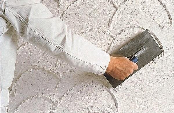 Как штукатурить стены разными видами растворов?