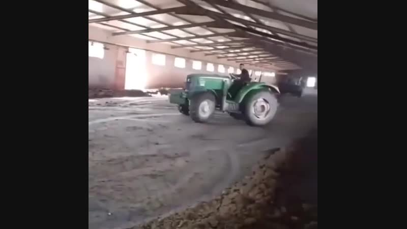 Талант не пропить🤣 Трактор реально крутой😎 Покатался от души🔥
