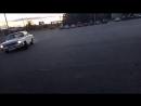 V8 Альберт крутит пятаки