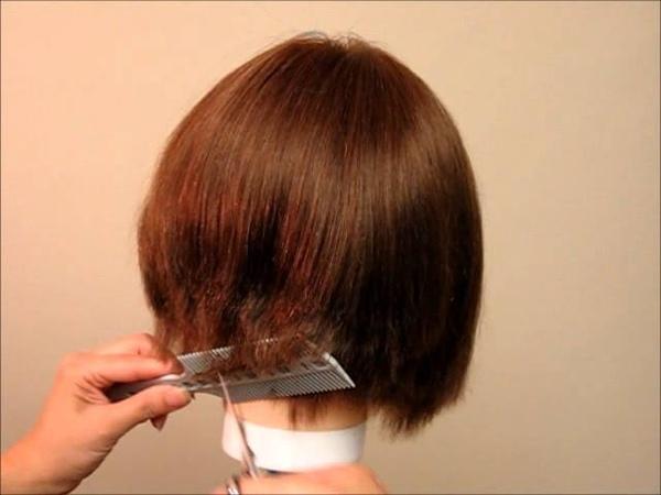 How to Cut women's Girls' Hair A-Line Bob, Undercut Bob - Combpal Scissor Over Comb Guide Video 4
