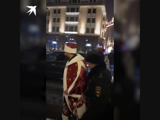 Полиция задержала блогера Амирана Сардарова в центре Москвы