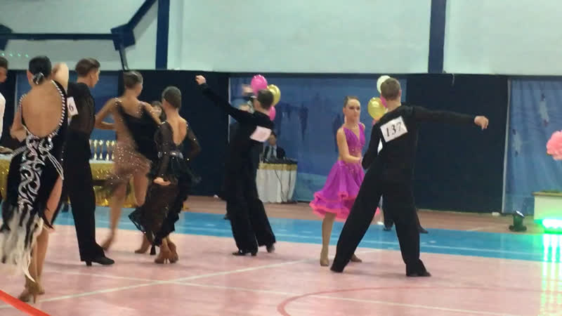 Танцы молодежки