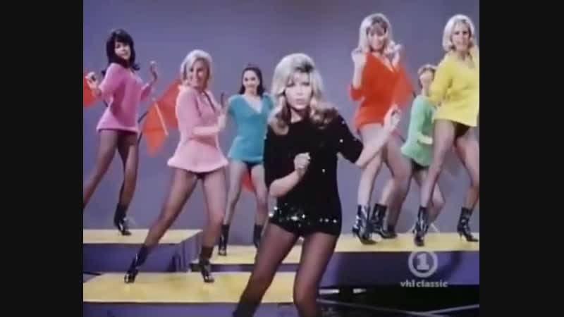 Nancy Sinatra These Boots Are Made For Walking 1966 Original