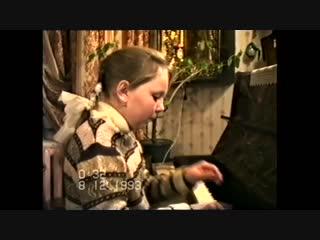 У пианино Екатерина Мазур (10 лет) Соната