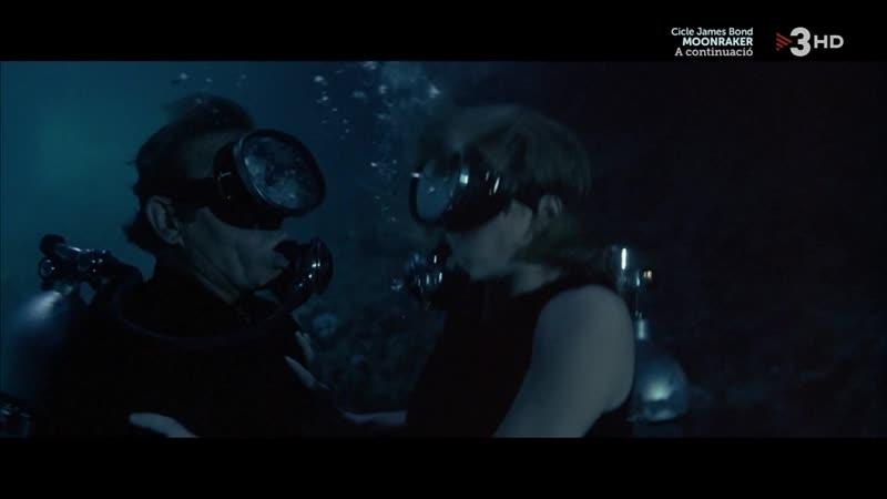 007 Nunca digas nunca jamás (1983) Never Say Never Again sexy escene 15