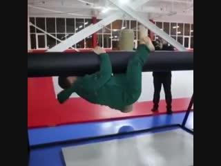 Как тренируется Рамзан Кадыров - Веселые Кавказцы