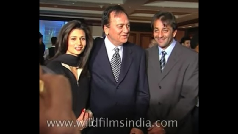 Sunil Dutt parties it up in Bombay, Sanjay Dutt joins in, Sridevi present
