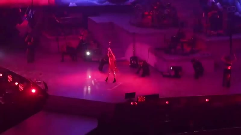 [FANCAM] 181021 Taeyeon - Love you like crazy FULL @s concert in Seoul day2