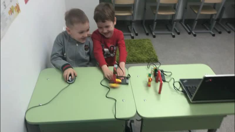 Центр развития Умный Совёнок Робототехника