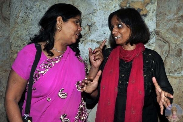«Розовая банда» это группа женщин в розовых сари, с бамбуковыми палками Самая влиятельная банда Индии под руководством Сампат вершит правосудие, наказывая мужчин, бьющих своих жен, штурмуя