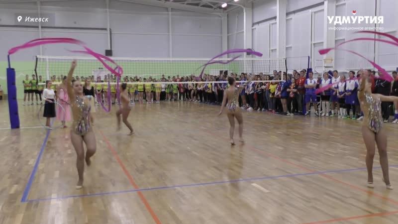 Полы с амортизацией и огромный зал в Ижевске открыли спорткомплекс «Созвездие»