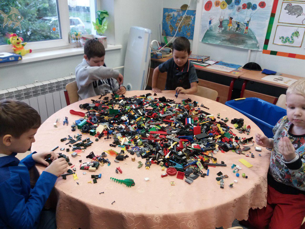 Познавательно-развлекательное мероприятие на космическую тему провели для детей в Некрасовке