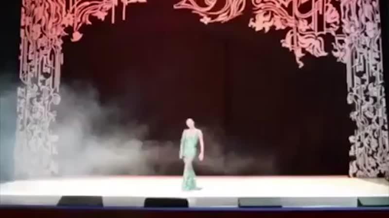 Балерина...