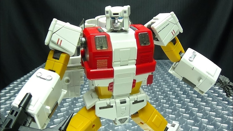 Zeta Toys SILVER ARROW (Silverbolt): EmGo's Transformers Reviews N' Stuff
