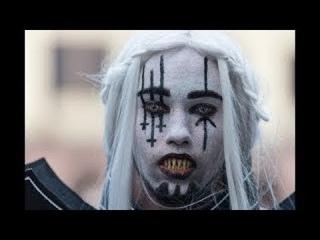 Mein Leben in Schwarz – Einblicke in die Gothic Szene (English subtitles) | Nah dran | MDR