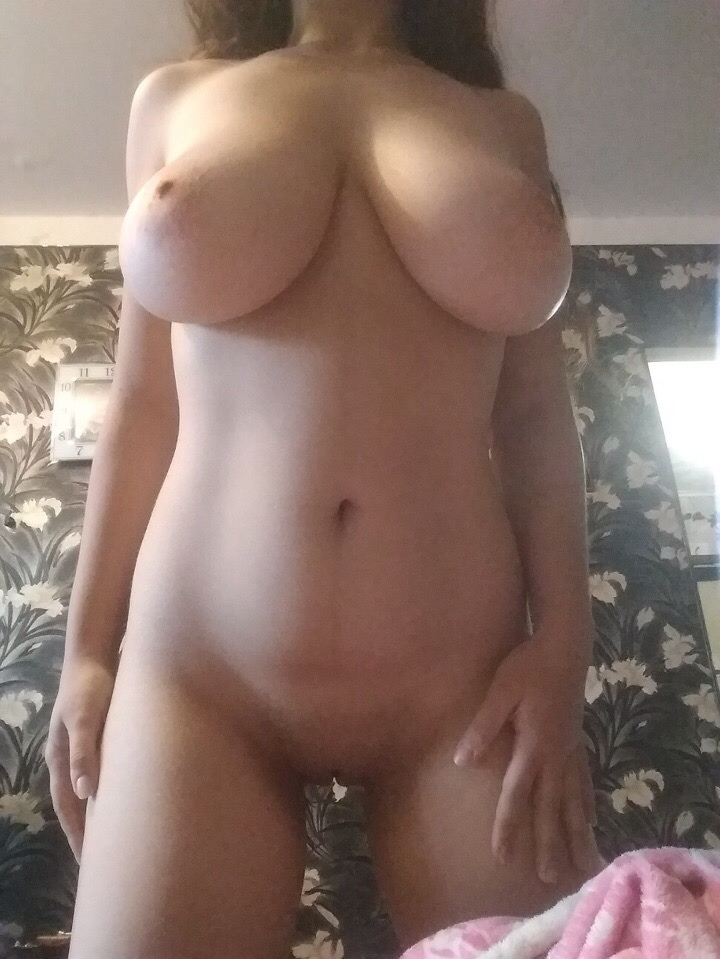 Desi girl sucking dick in outdoor