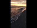 Море волны и закат 🌅