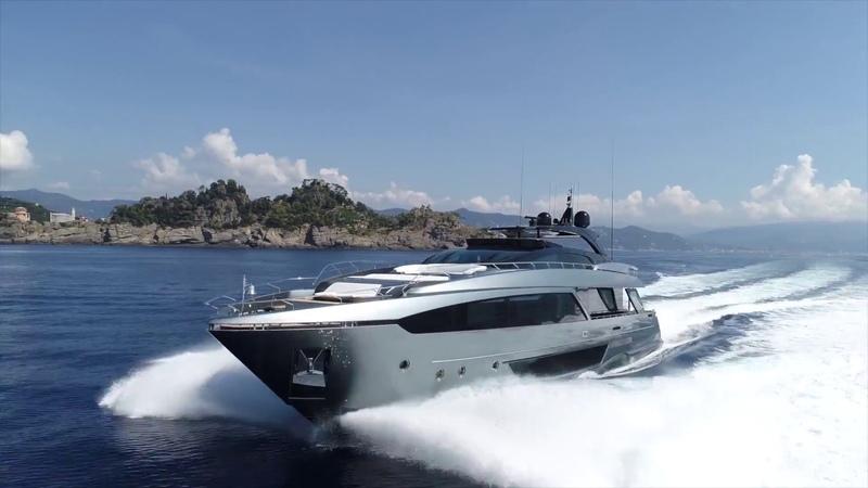 The New Luxury Yacht Riva 110 Dolcevita Ferretti Group, ext.int.Officina Italiana Design. 2018 Italy